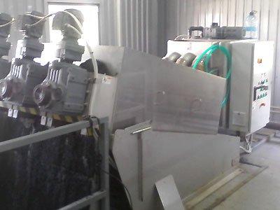 Монтаж оборудования обезвоживания осадка птицефабрики